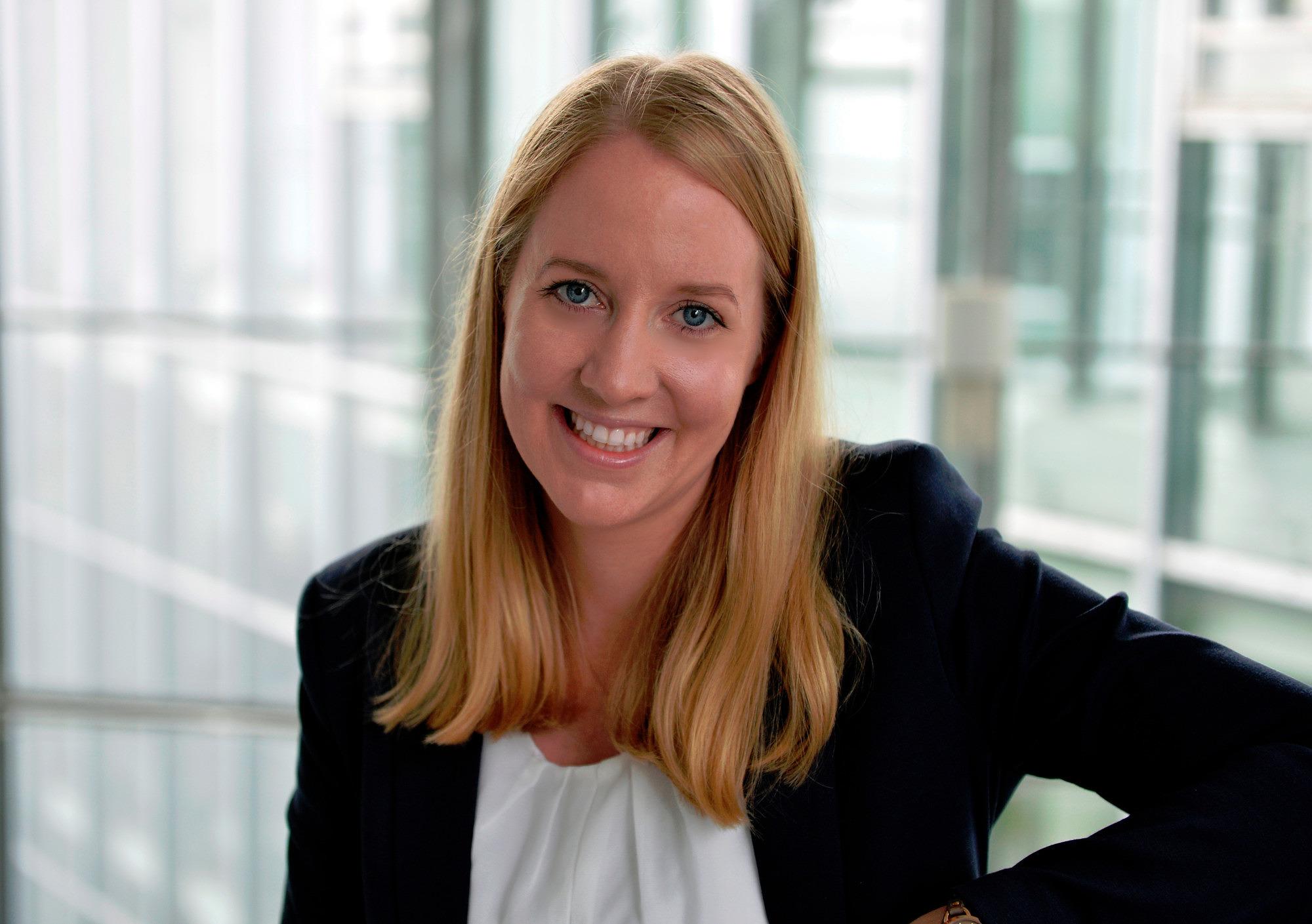 Dr. iur. Rhea Hoffmann