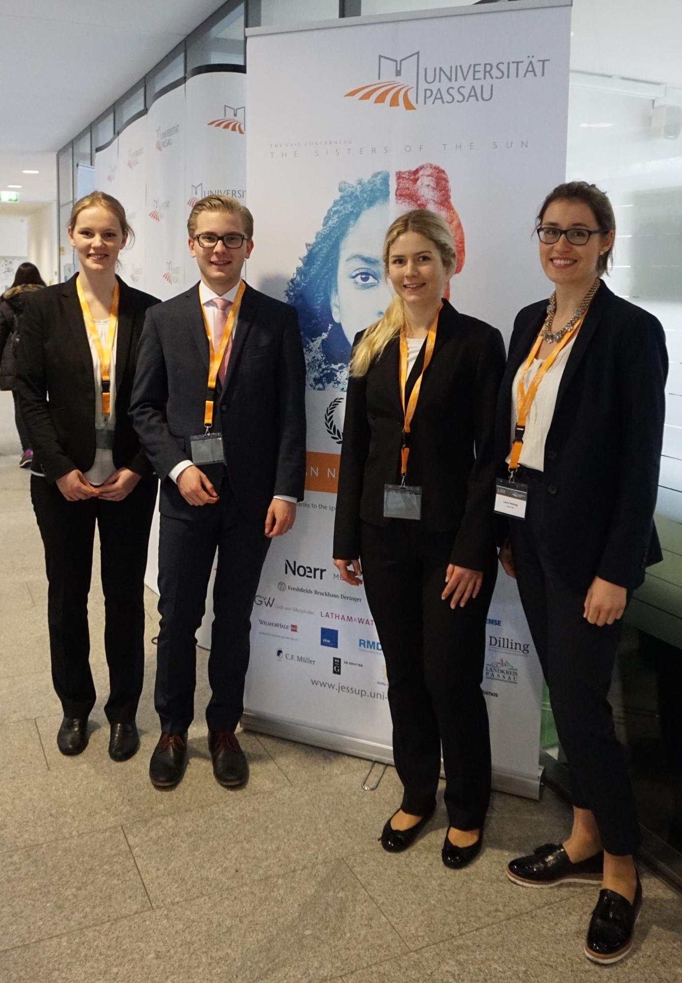Das FAU Team 2017 (v.l. Anna Lena Helmreich, Tim Walz, Natalie Zmija und Laura Hellweg)